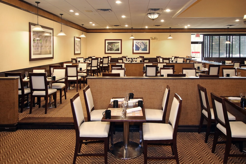 Doubletree By Hilton Hotel Newark Airport Booking