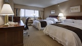DoubleTree by Hilton Hotel Newark Airport - Newark Hotels