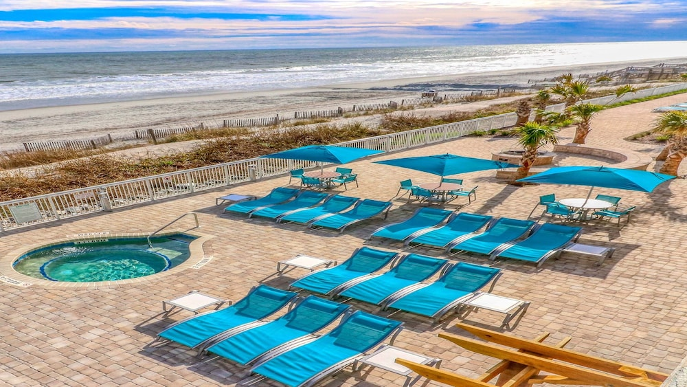 Beach, Holiday Inn Oceanfront at Surfside Beach, an IHG Hotel
