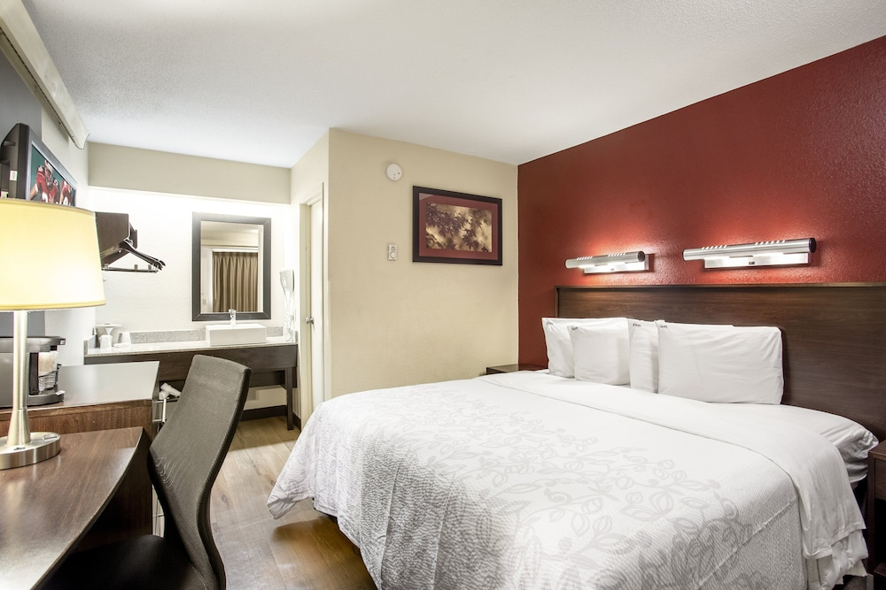 Room, Red Roof Inn PLUS+ Wilmington - Newark