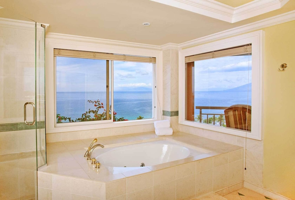 Bathroom, Grand Wailea Maui, A Waldorf Astoria Resort