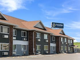 Boarders Inn & Suites by Cobblestone Hotels - Superior/Duluth