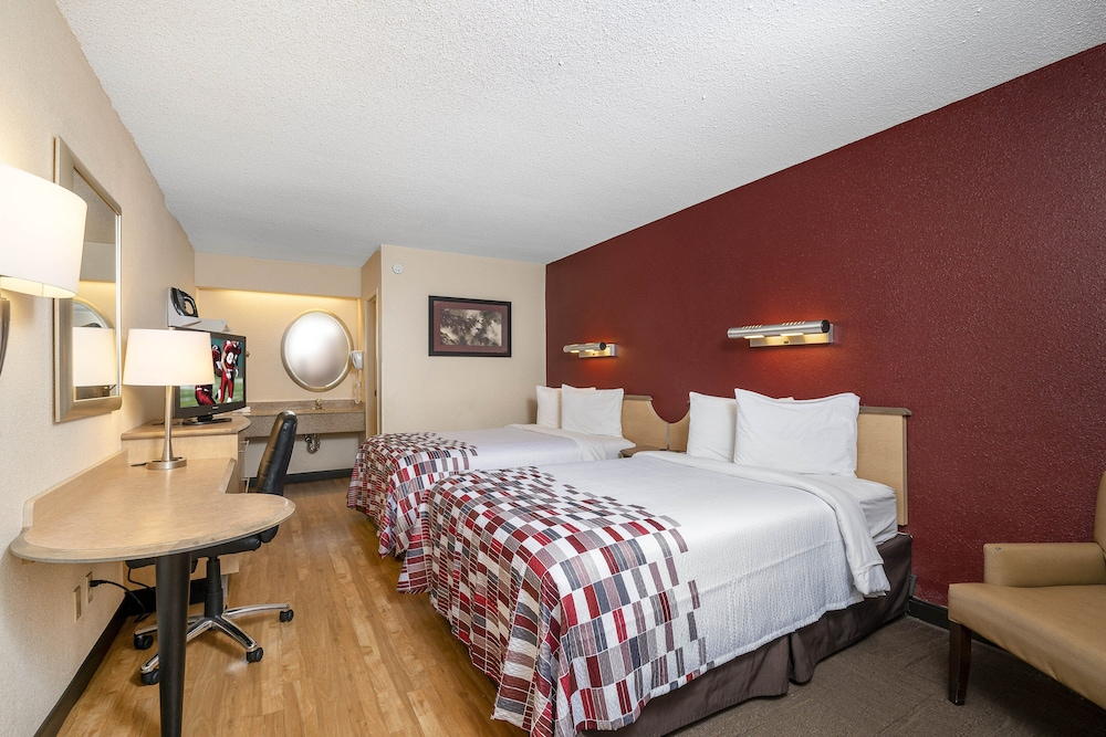 Room, Red Roof Inn Detroit Metro Airport - Taylor