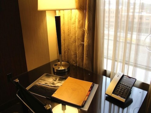 In-Room Business Center, Northern Hotel