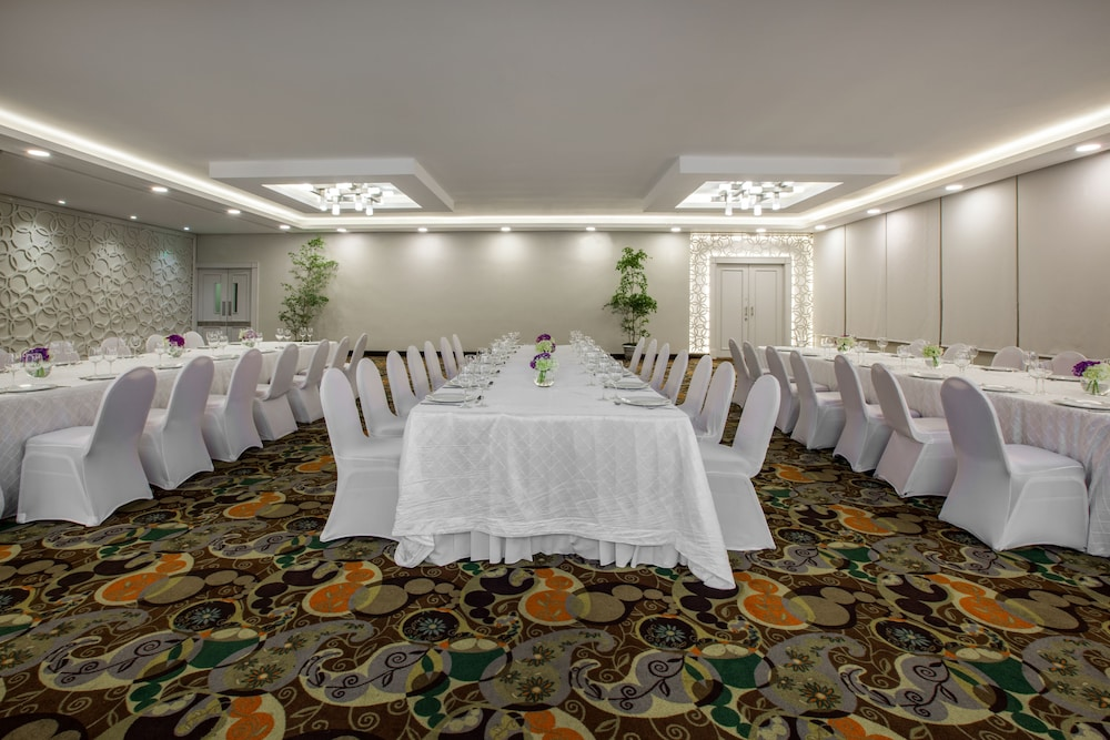 Banquet Hall, Crowne Plaza Santo Domingo, an IHG Hotel