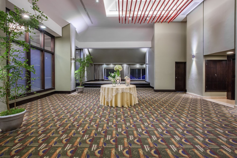 Meeting Facility, Crowne Plaza Santo Domingo, an IHG Hotel