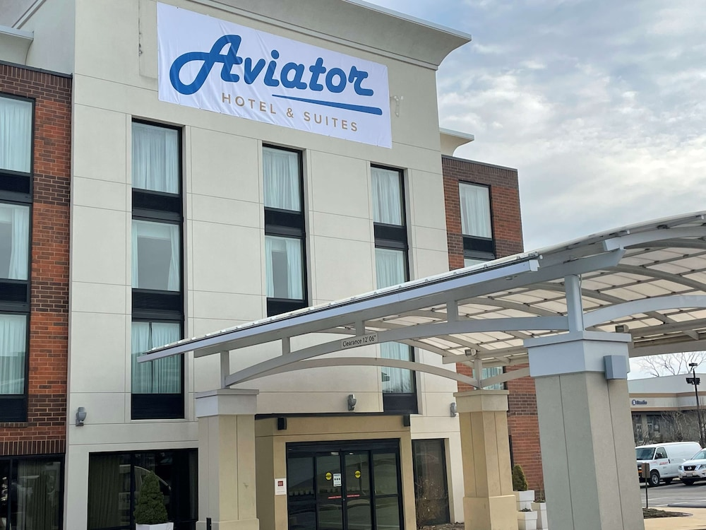 Exterior, Aviator Hotel & Suites, BW Signature Collection