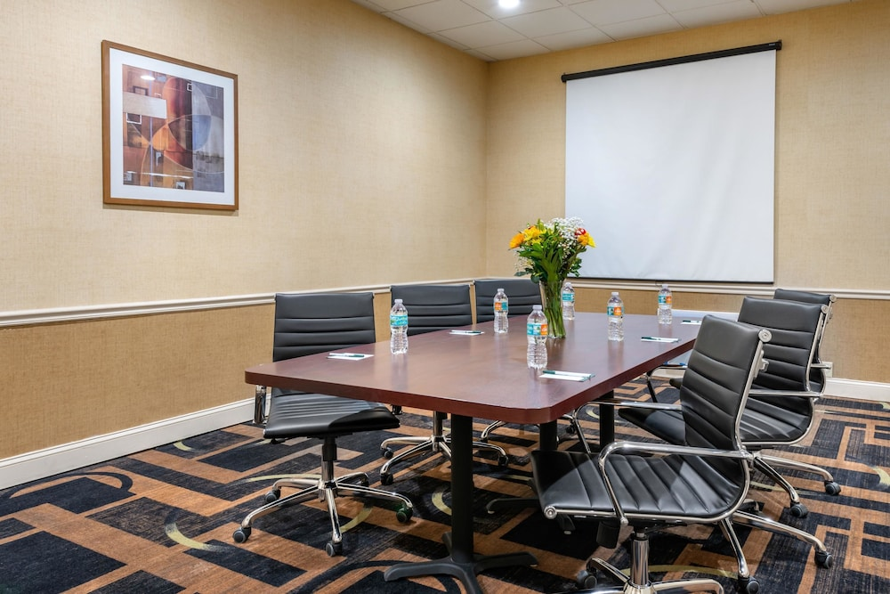 Meeting Facility, Quality Inn And Suites Riverfront