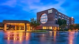 Four Points by Sheraton Milwaukee North Shore - Milwaukee Hotels