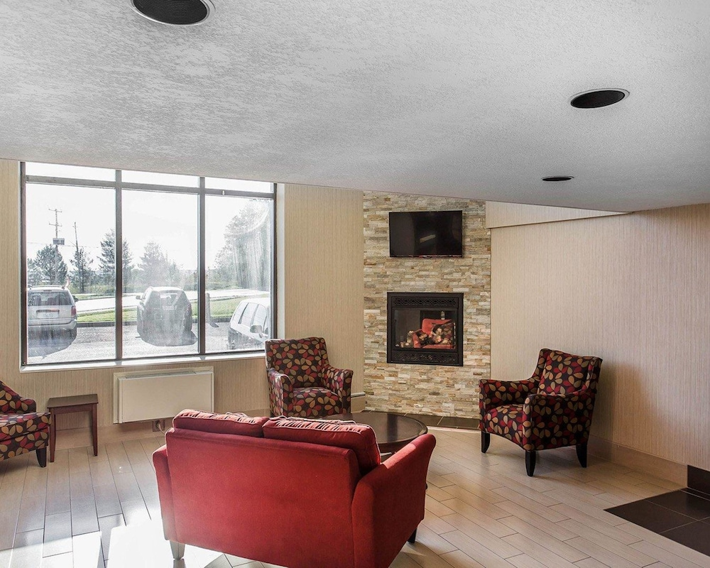 Comfort Inn Midland: 2018 Pictures, Reviews, Prices & Deals | Expedia.ca