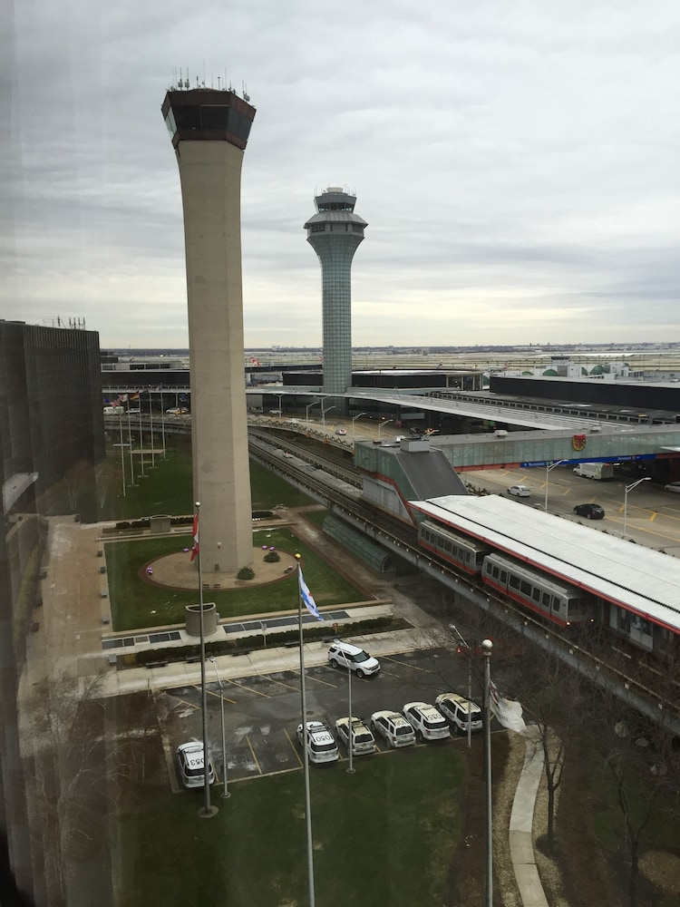 View from Property, Hilton Chicago O'Hare Airport