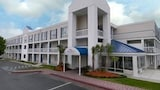 Baymont Inn & Suites Wilmington - Wilmington Hotels
