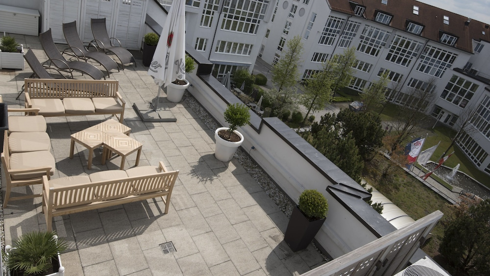Sundeck, Holiday Inn Munich-Unterhaching