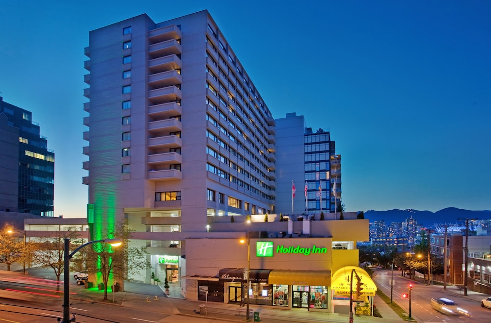 Featured Image, Holiday Inn Vancouver Centre