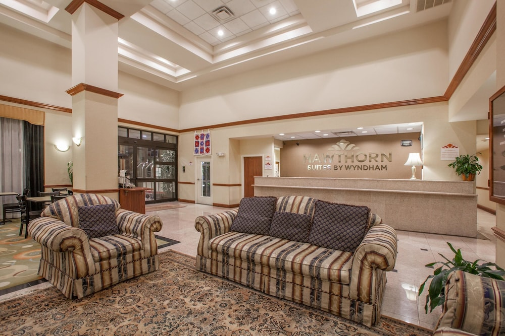 Lobby, Hawthorn Suites by Wyndham Midwest City Tinker AFB