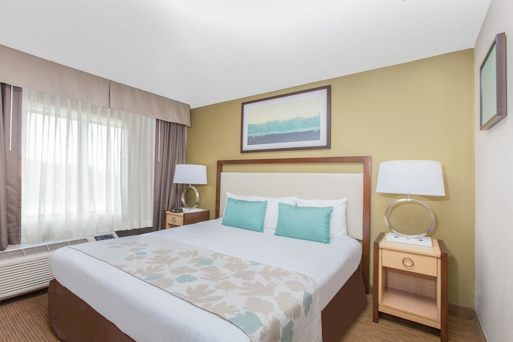 Room, Hawthorn Suites by Wyndham Midwest City Tinker AFB