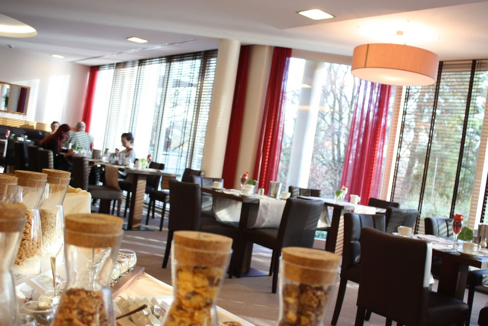 Breakfast Area, Dolce by Wyndham Bad Nauheim