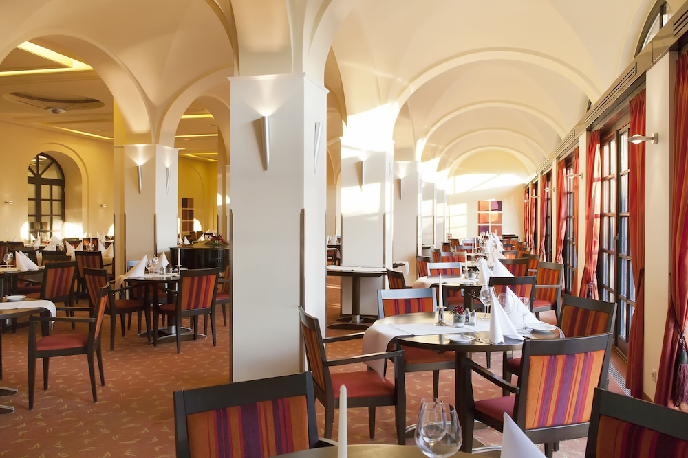 Restaurant, Dolce by Wyndham Bad Nauheim