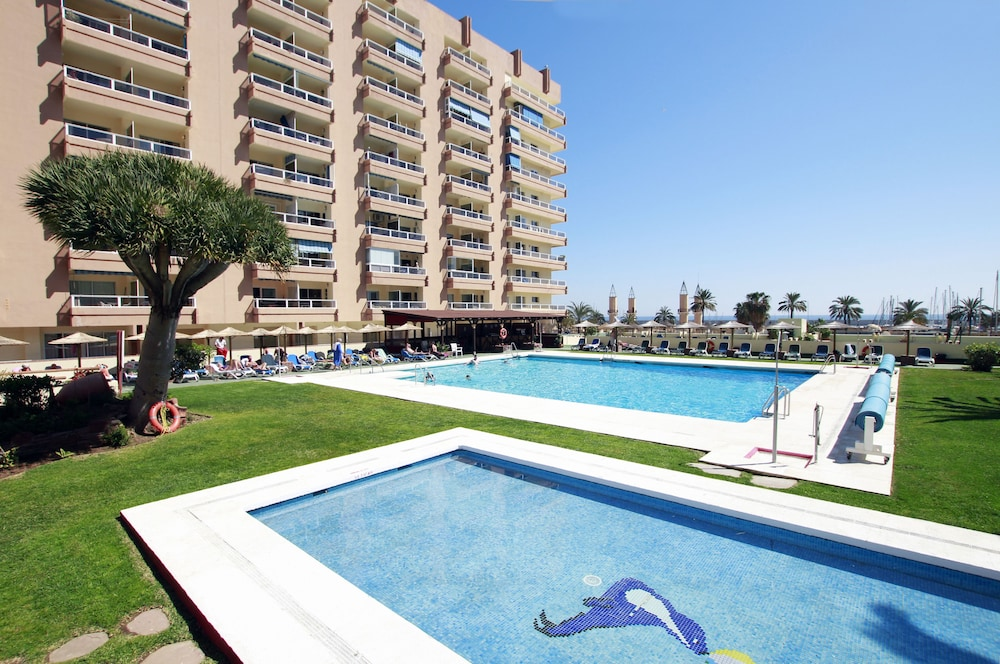Hotel Pyr Fuengirola (Malaga Province, Spain) | Expedia