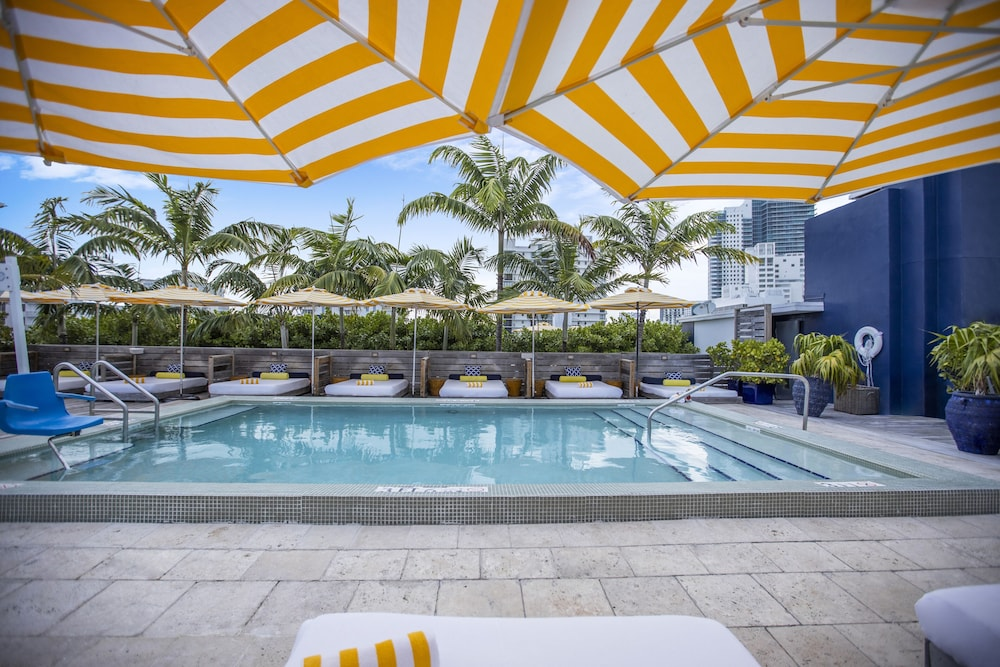 Rooftop Pool, Catalina Hotel & Beach Club, a South Beach Group Hotel