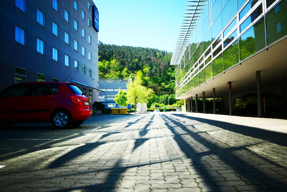 Parking, Quality Hotel Brno Exhibition Centre