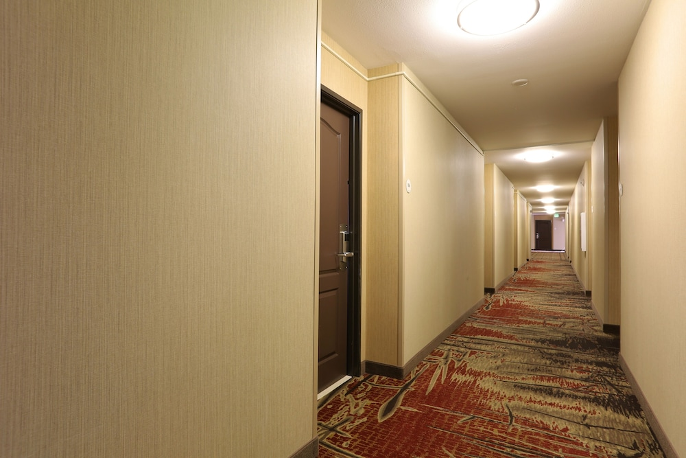 Hallway, Quality Inn near Rocky Mountain National Park