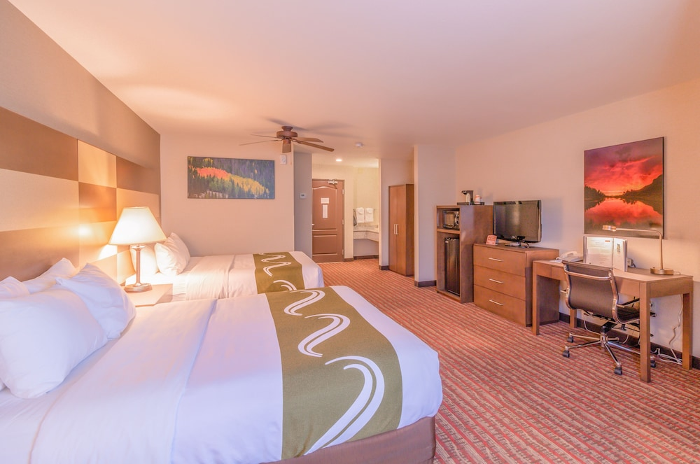 Room, Quality Inn near Rocky Mountain National Park