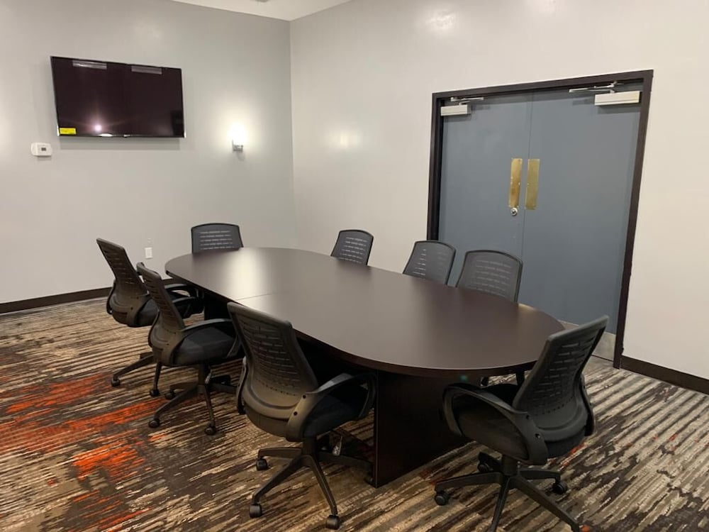 Meeting Facility, Ramada by Wyndham Gainesville