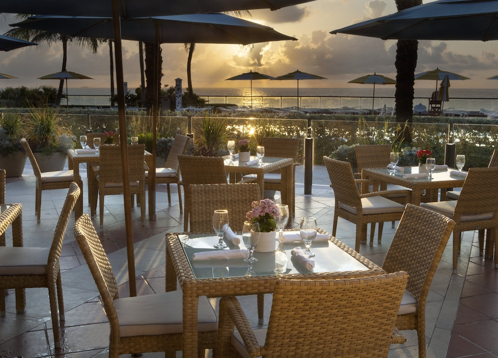 Outdoor Dining, The Breakers Palm Beach