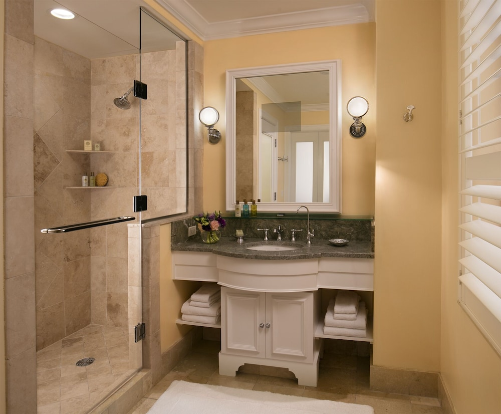 Bathroom, The Breakers Palm Beach
