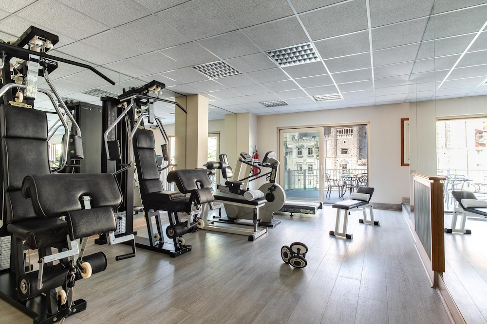 Fitness Facility, Royal Continental Hotel Naples