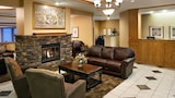 Clubhouse Oakbrook Inn & Suites - Westmont Hotels