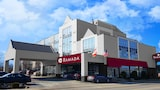 Ramada Niagara Falls by the River - Niagara Falls Hotels