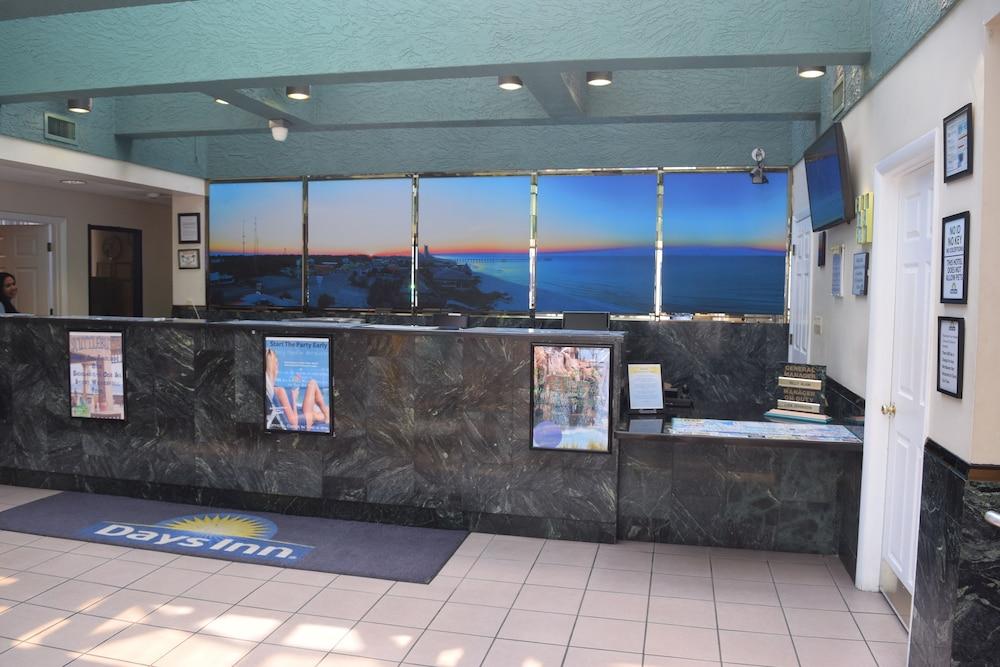 Days Inn By Wyndham Panama City Beachocean Front 2019 Room Prices