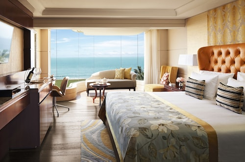 5 Star Hotels in Kiribathgoda: Luxury Hotels with Cheap $60 Rates