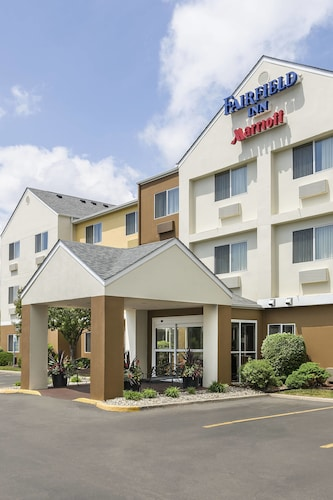 Check Expedia for Availability of Fairfield Inn & Suites Jackson