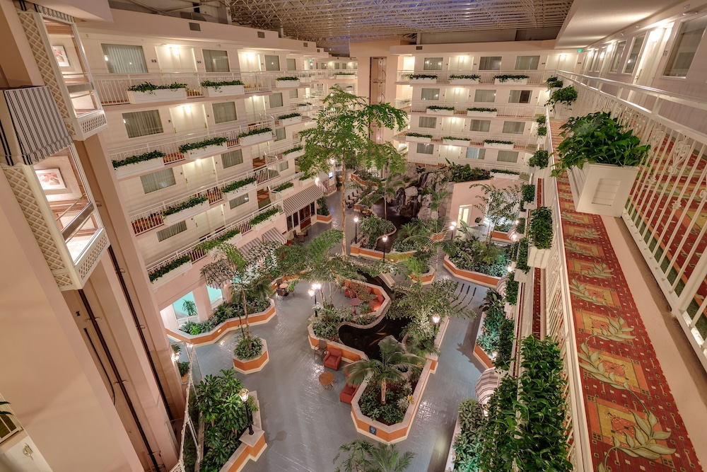 Courtyard, Embassy Suites by Hilton San Rafael Marin County