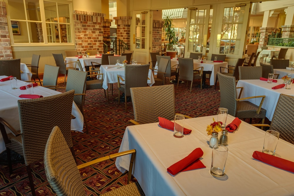 Restaurant, Embassy Suites by Hilton San Rafael Marin County