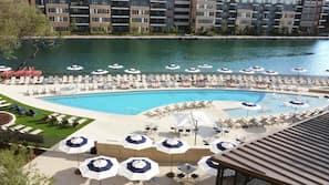 Outdoor pool, cabanas (surcharge), pool umbrellas