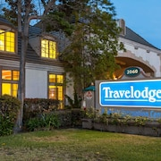Travelodge by Wyndham Anaheim Convention Center