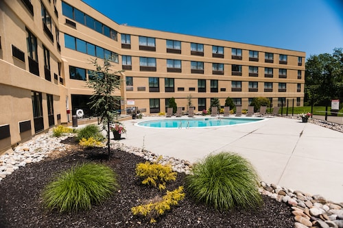 Holiday Inn Philadelphia South - Swedesboro, an IHG Hotel