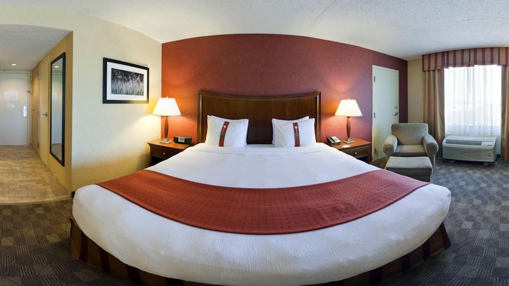 Superb Holiday Inn Grand Rapids Downtown In Grand Rapids Mi Expedia Download Free Architecture Designs Viewormadebymaigaardcom
