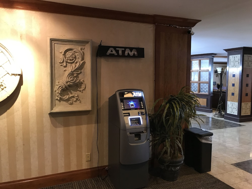 ATM/Banking On site, Gateway Hotel