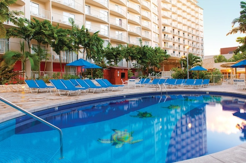 Club Wyndham at Waikiki Beach Walk®