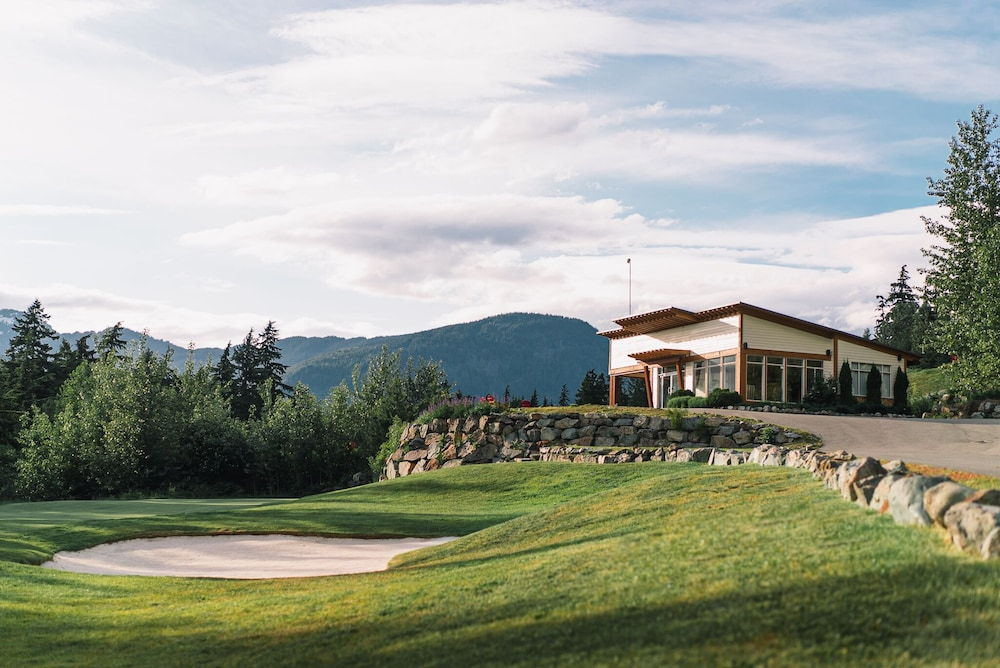 Golf, The Fairmont Chateau Whistler