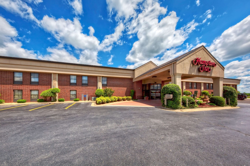 Featured Image, Hampton Inn Clarksville