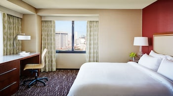 Room, 1 King Bed, City View - Guestroom