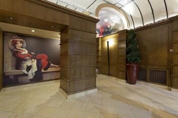 パリでおしゃれなプチホテルに泊まりたいです