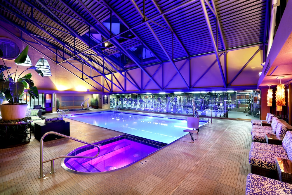 Indoor Pool, Amway Grand Plaza, Curio Collection by Hilton