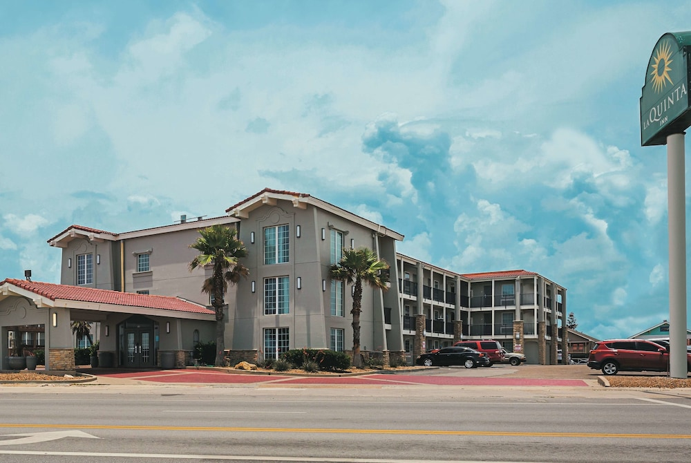 La Quinta Inn by Wyndham Galveston East Beach in Galveston